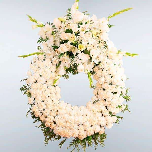 Envío de Corona de flores Cassiopea para tanatorios en Madrid y Toledo